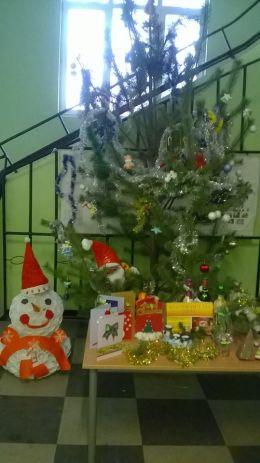 "Коледен базар - ""Да помогнем на Пеньо"" 3"