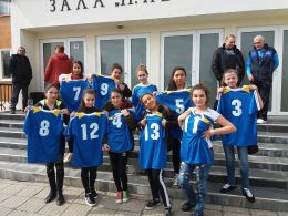 Ученически игри за учебната 2017-2018г. по Волейбол за VІІІ-Х клас девойки - СУ Св. Климент Охридски - Камен