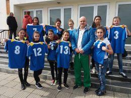Ученически игри за учебната 2017-2018г. по Волейбол за VІІІ-Х клас девойки-3 - СУ Св. Климент Охридски - Камен